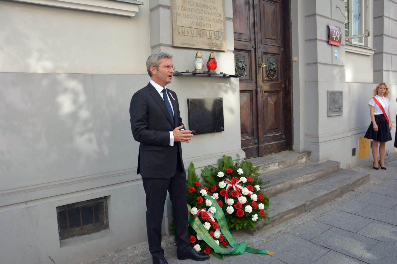Izbowe obchody 72. rocznicy wybuchu Powstania Warszawskiego