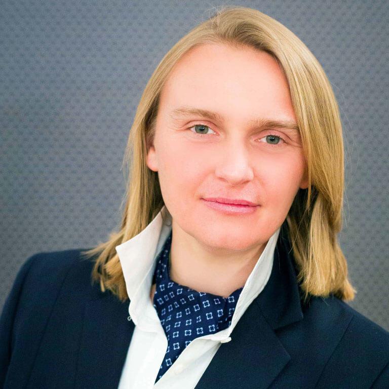 adw. Agata Rewerska