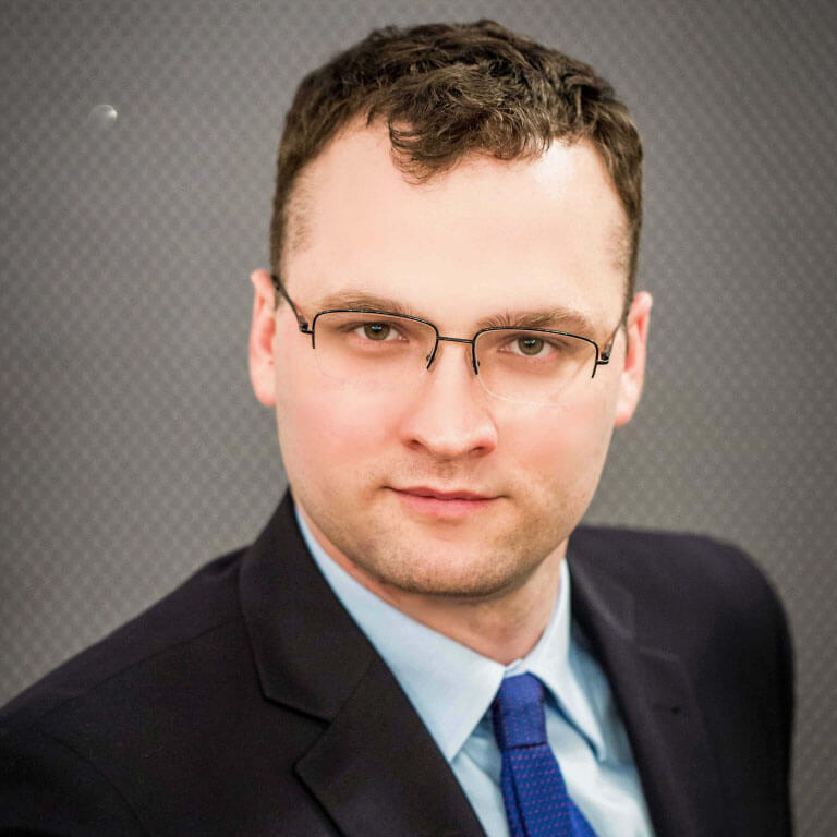 adw. Kamil Szmid